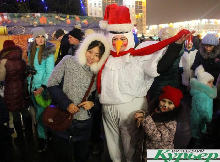 снеговик, парад, новый год