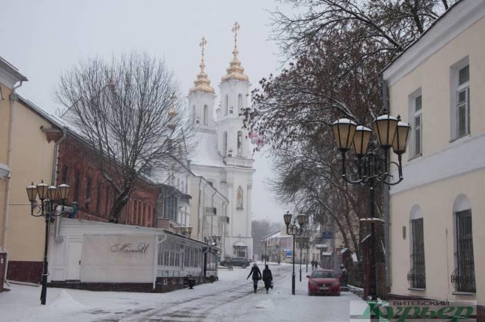 В Витебске на улице Толстого продают кирпичный дом XIX века