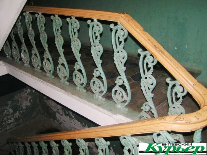5 старинных домов в Витебске с ажурными лестничными перилами
