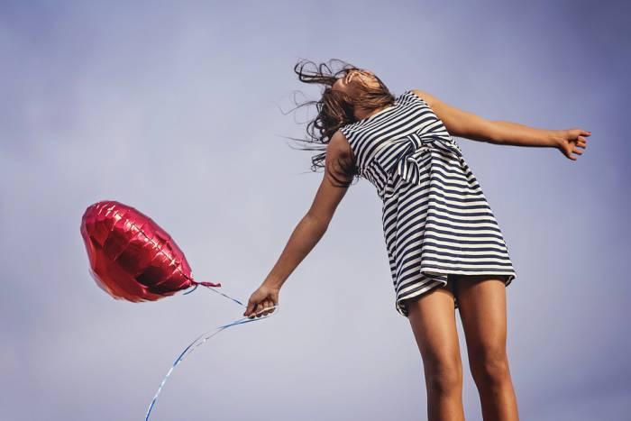 Витебчанам для счастья не хватает денег, времени, своей квартиры и работающего лифта