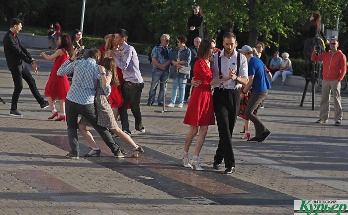 Как в Витебске в субботу зажигали в стиле 50-х