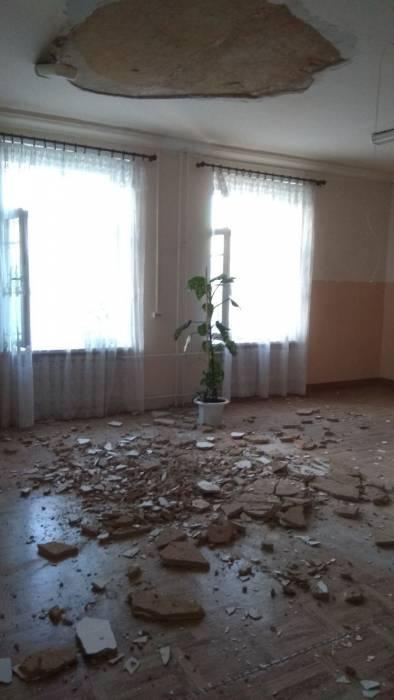 В Витебске в общежитии академии связи обвалилась часть потолка
