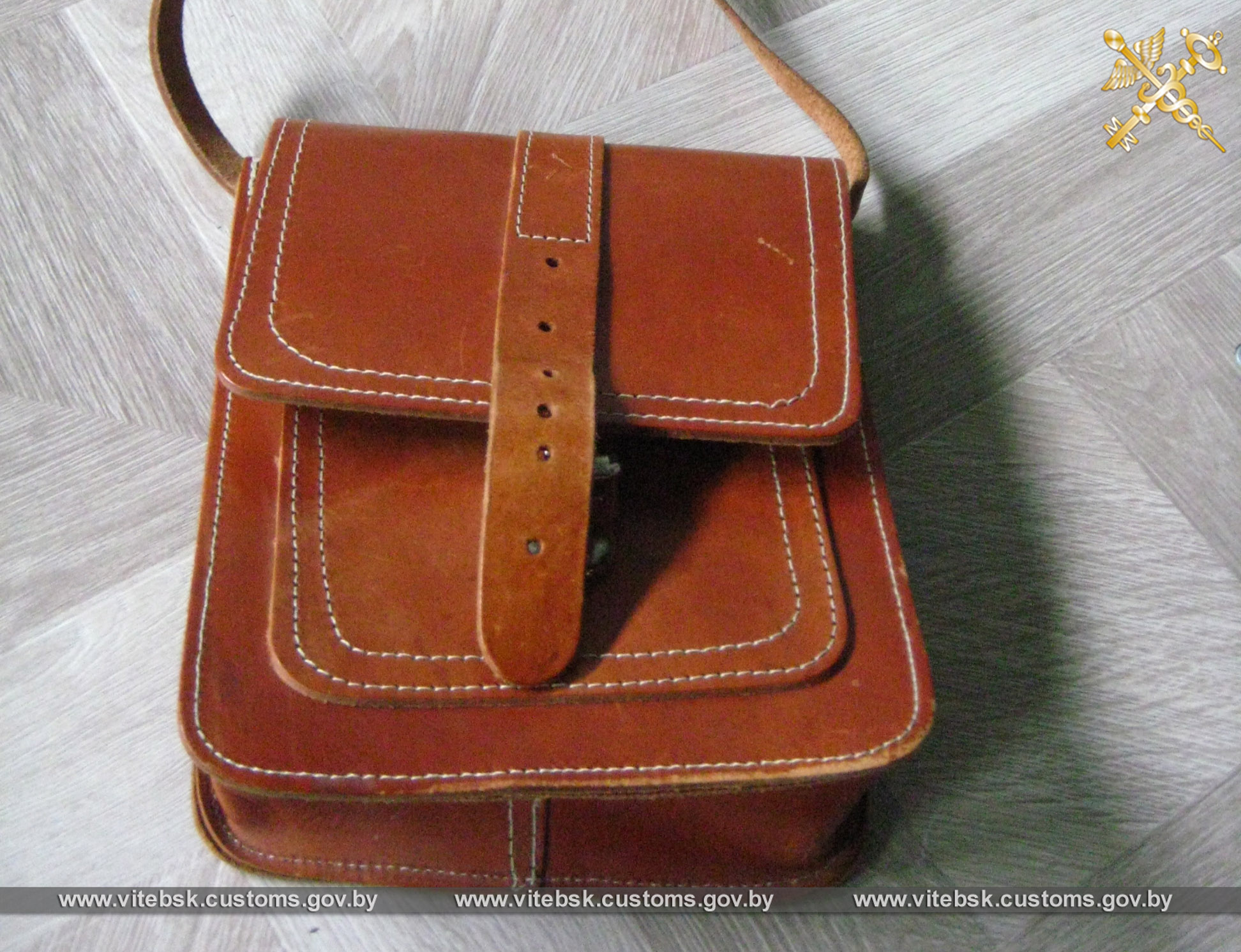 Две попытки ввоза новой одежды и обуви под видом бывшей в употреблении пресекли витебские таможенники