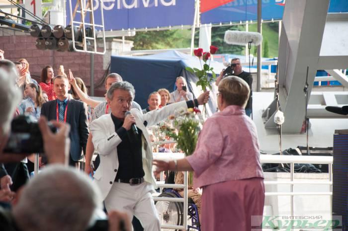 Как зрители танцевали на сцене с Pupo. Все сюрпризы и курьезы концерта «Viva, Italia!» с видео