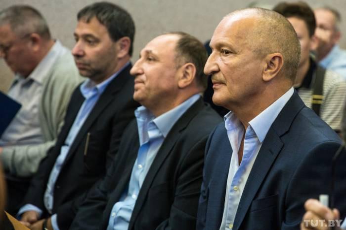 На скамье подсудимых по «делу медиков» три человека из Витебска. Леонид Томчин, Роман Альтшулер и Екатерина Шнитко