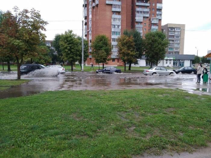 7 августа ливень затопил Могилев. То ли Беларусь, то ли Венеция