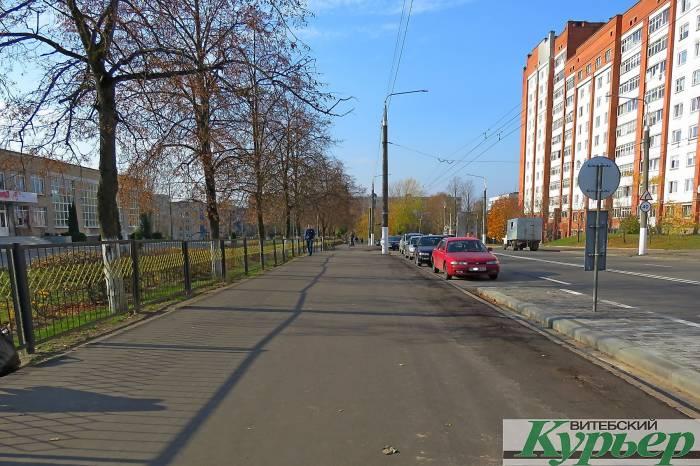 На тротуаре возле гимназии №3 Витебска установят ограждения из нержавейки