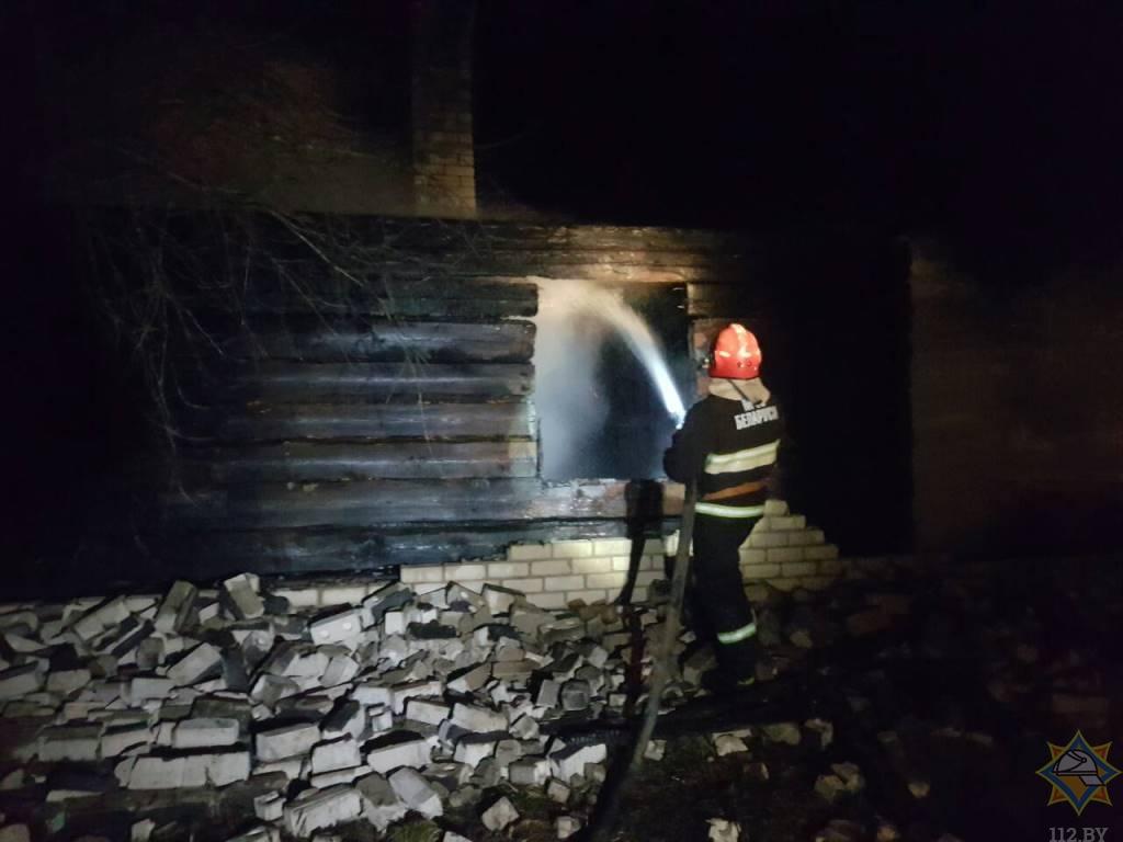 Двое погибших обнаружены на пожарах в Витебской области