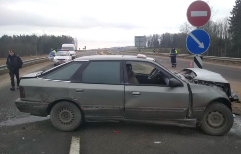 В Витебском районе столкнулись Renault Logan и Ford Scorpio