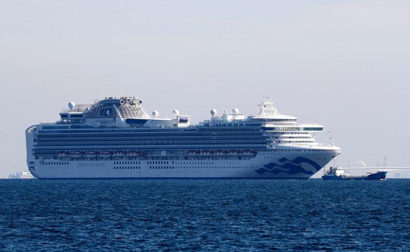 круизный лайнер морской