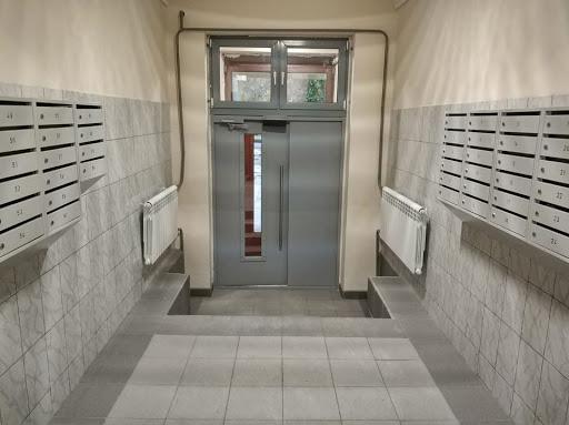 Ремонт перил и входных дверей в подъездах будут оплачивать жильцы