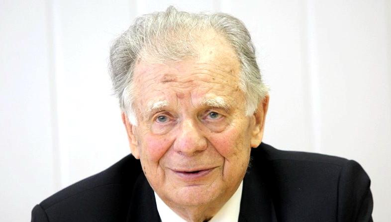 Сегодня 90 лет со дня рождения лауреата Нобелевской премии Жореса Алферова