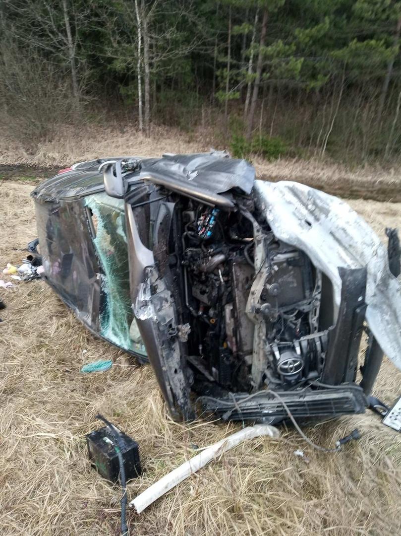 Под Толочином разбился «танк» Toyota Land Cruiser, водитель-москвич погиб