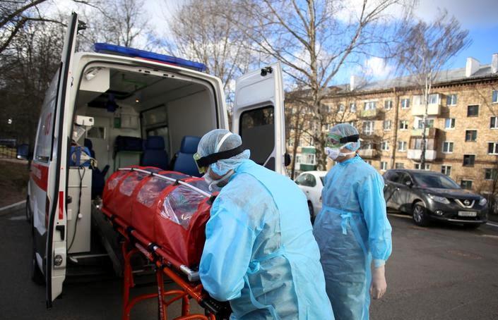 «Это мясорубка». Жительница Витебска — в больнице с пневмонией, муж умер в другой с коронавирусом