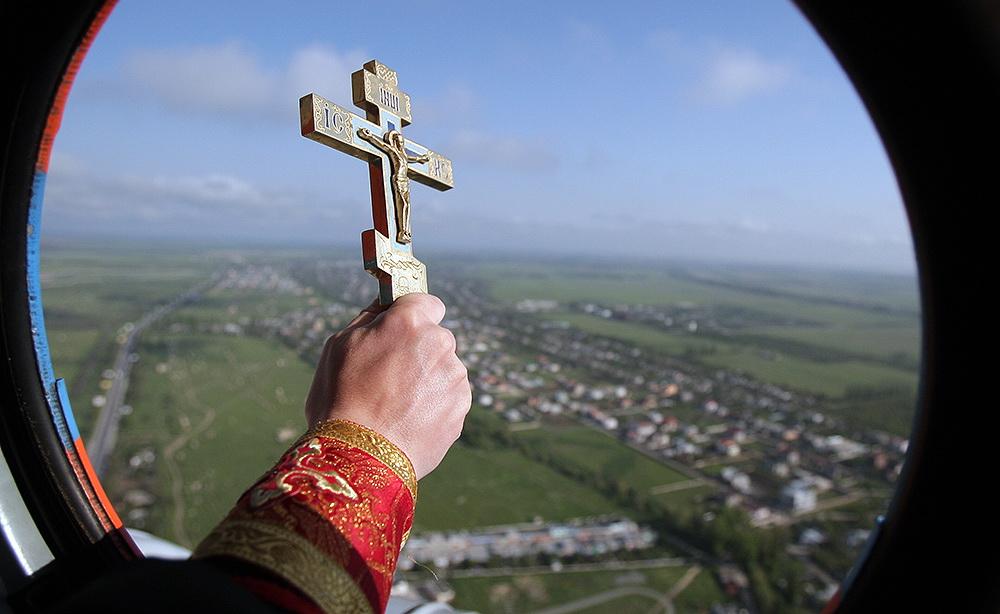 Митрополит Павел облетает Беларусь с иконой и молитвой
