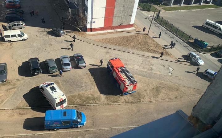 В Полоцке во время ремонта многоэтажки нашли авиабомбу, жильцов эвакуировали