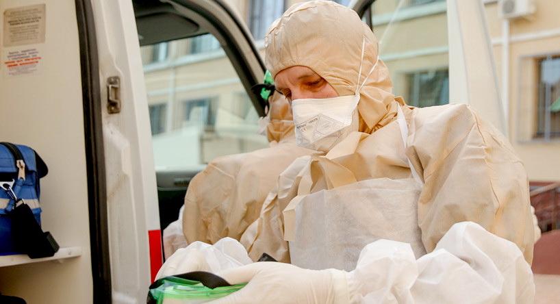 Решено застраховать медиков, которые оказывают помощь больным с коронавирусом