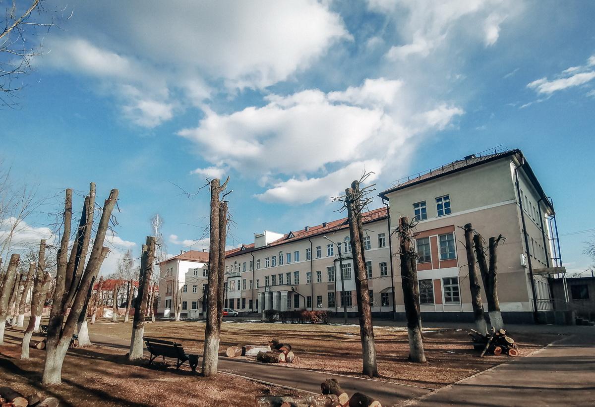 Маски, тревога и вопросы к властям. Как живет Витебск, который первым столкнулся со смертями от COVID-19