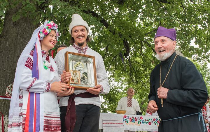 «Бог дал еще пожить!». История 91-летнего священника, выжившего на ИВЛ
