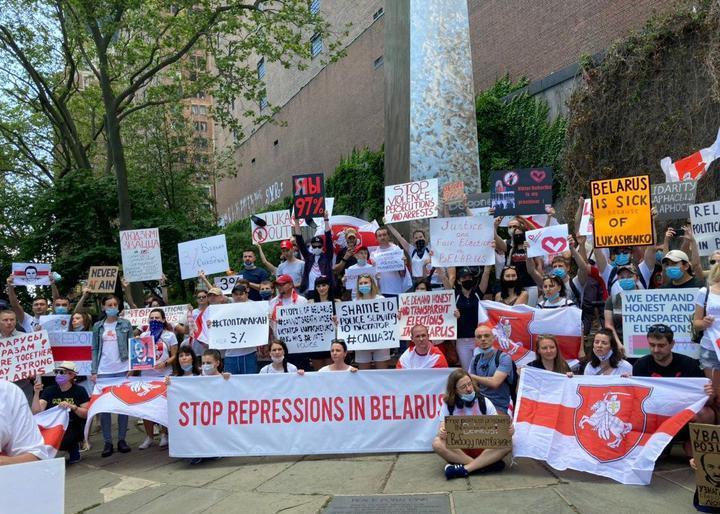В ряде стран прошли акции солидарности с белорусами.