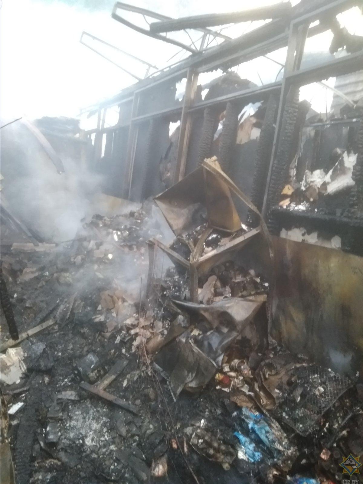 Магазин «Доброном» сгорел ночью в Лепеле