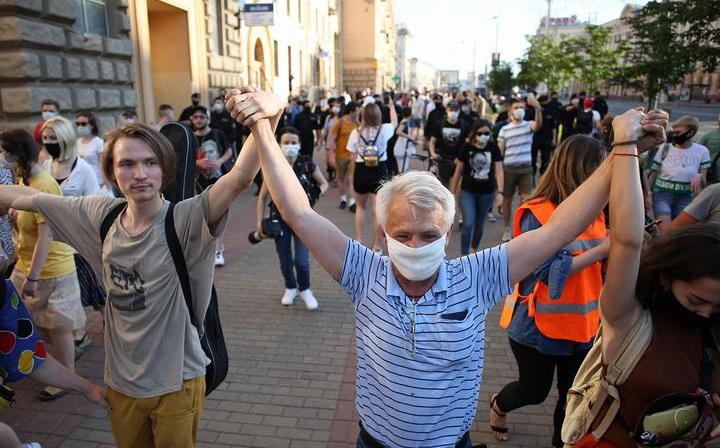 «Прерванная солидарность»? По всей стране прокатилась волна акций, которые закончились задержаниями. Что дальше?