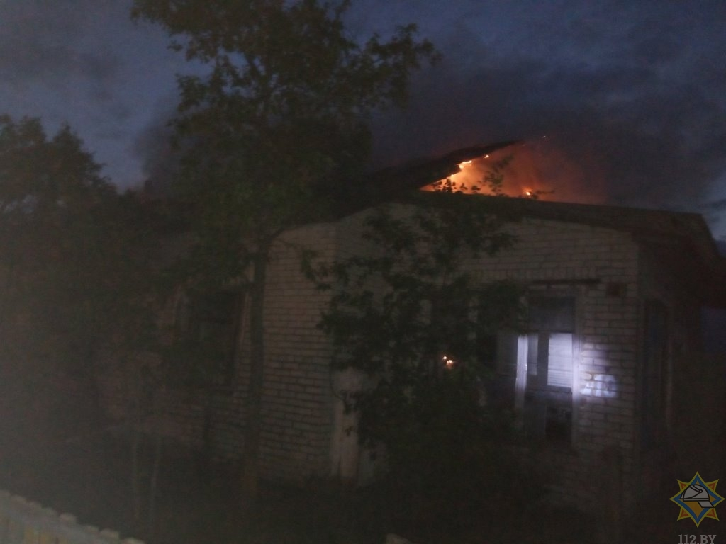 В Докшицком районе на пожаре погиб 50-летний мужчина