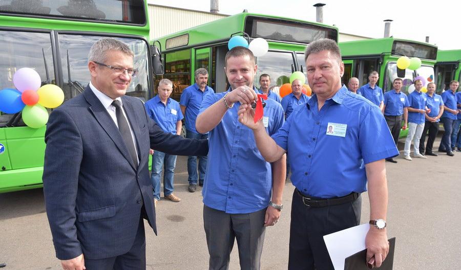 Восемью улучшенными автобусами МАЗ пополнился Автобусный парк №1 г. Витебска