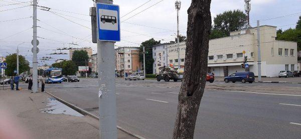 По улицам Витебска власти пустили агитационную бронемашину, предназначенную для подавления воли врага к сопротивлению