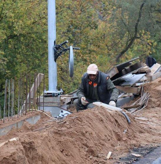 Чтобы вовремя открыть мост через Двину в Новополоцке Витебской области, нужно постараться