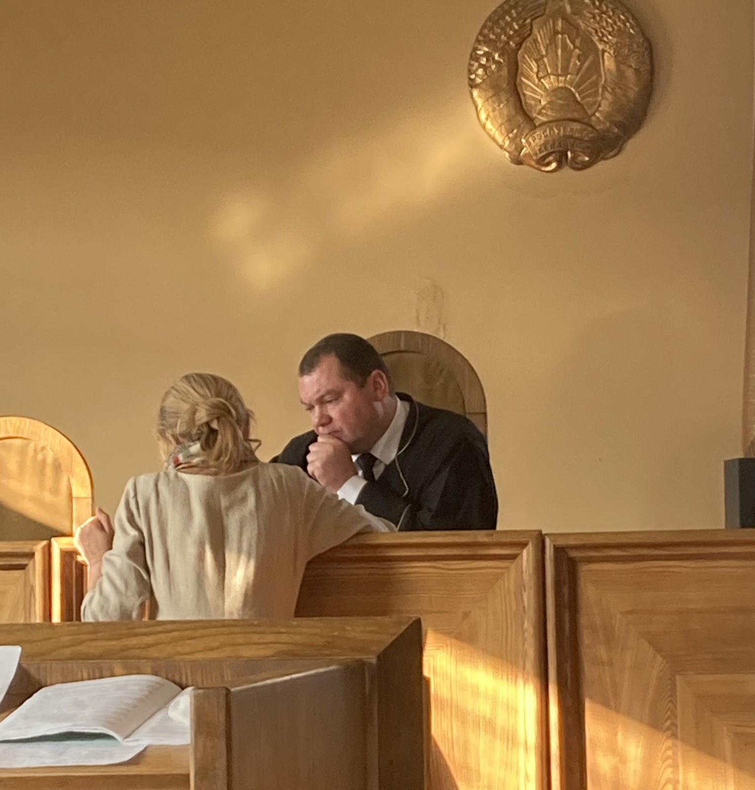 Суд Октябрьского района Витебска рассмотрел пять административных дел на одну пенсионерку