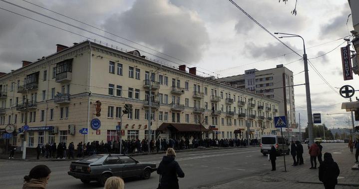 Жесткие задержания, разгон, газ. Как прошли воскресные мирные марши вВитебске, Полоцке иНовополоцке