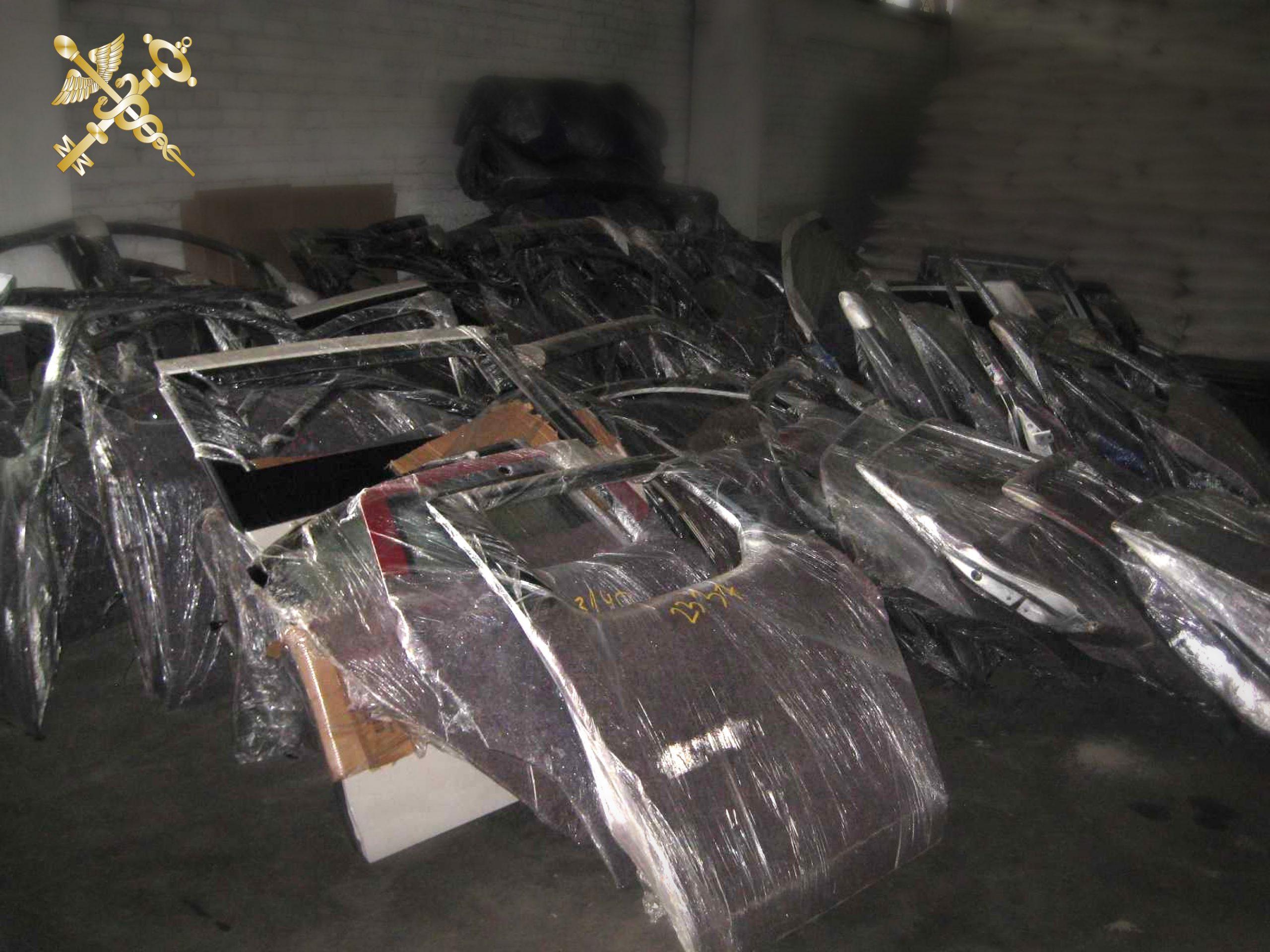 Витебская таможня задержала партию контрабандных автозапчастей стоимостью 120 тыс рублей