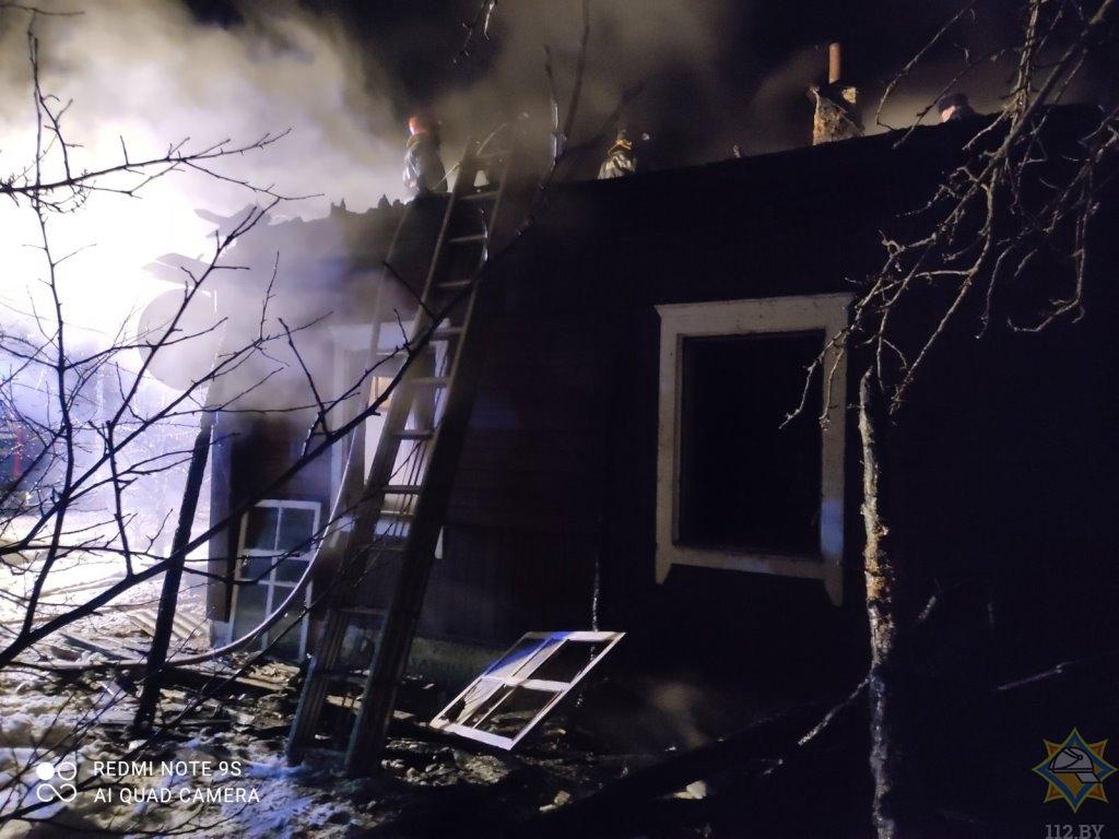 В Поставском районе сгорел дом. Хозяин-пенсионер выжил
