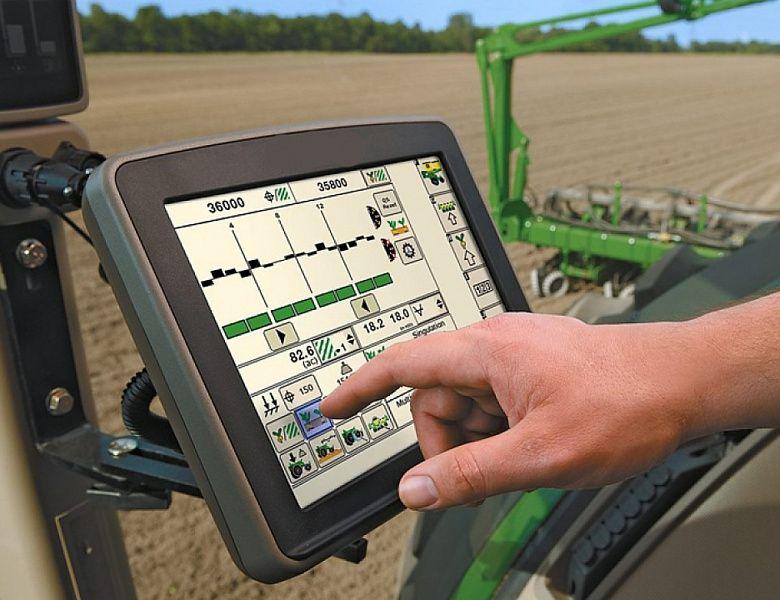 В Глубокском районе внедряют систему точного земледелия